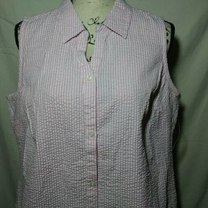Women pink and white sleeveless top